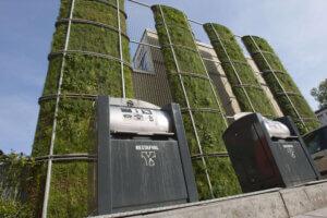 Standing Garden Arnhem 4 300x200 - Hovenier aanleg daktuinen en gevelbegroeiing