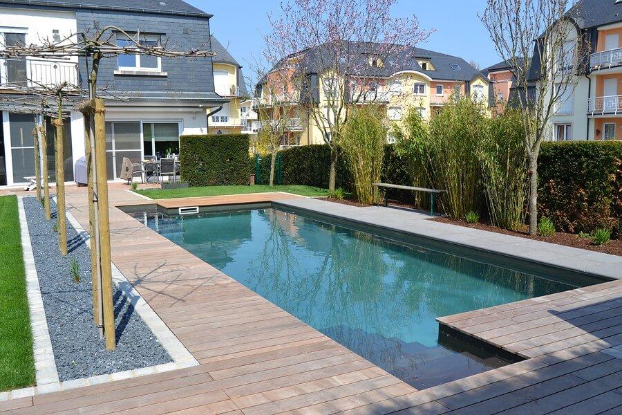Duurzaam zwemmen natuurlijk hoveniersbedrijf koninklijke ginkel groep - Klein natuurlijk zwembad ...